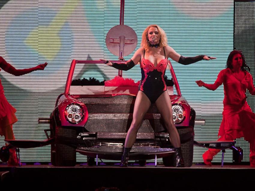 Melhor álbum para Britney Spears, 'Famme Fatale' completa 10 anos