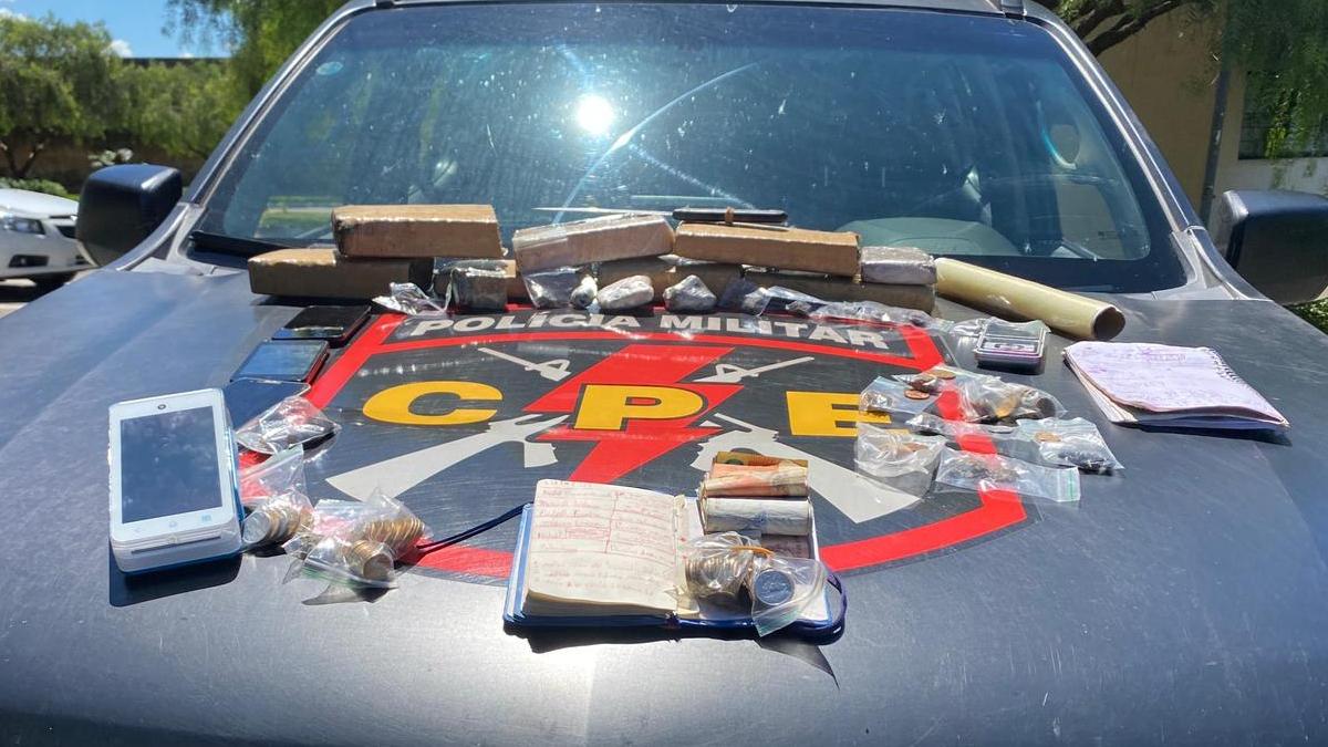 Polícia encontra maconha e caderno com anotações de futuras execuções em casa
