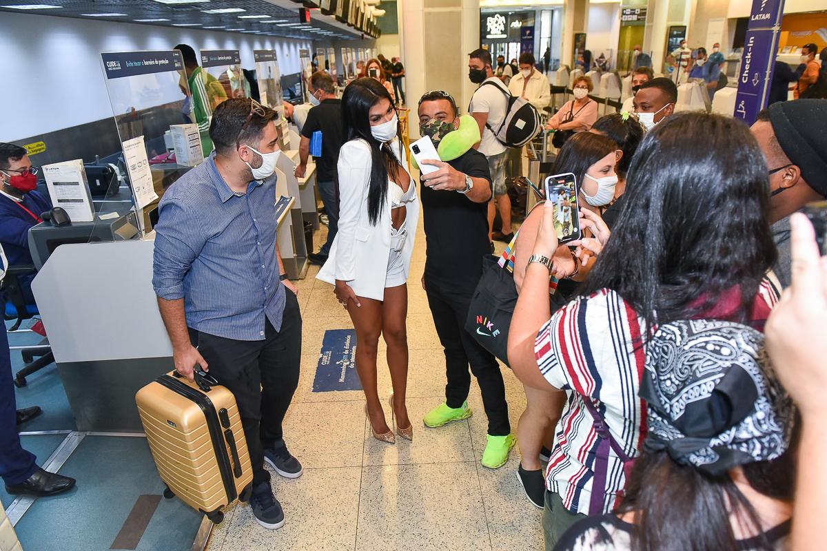 Pocah para aeroporto de Congonhas