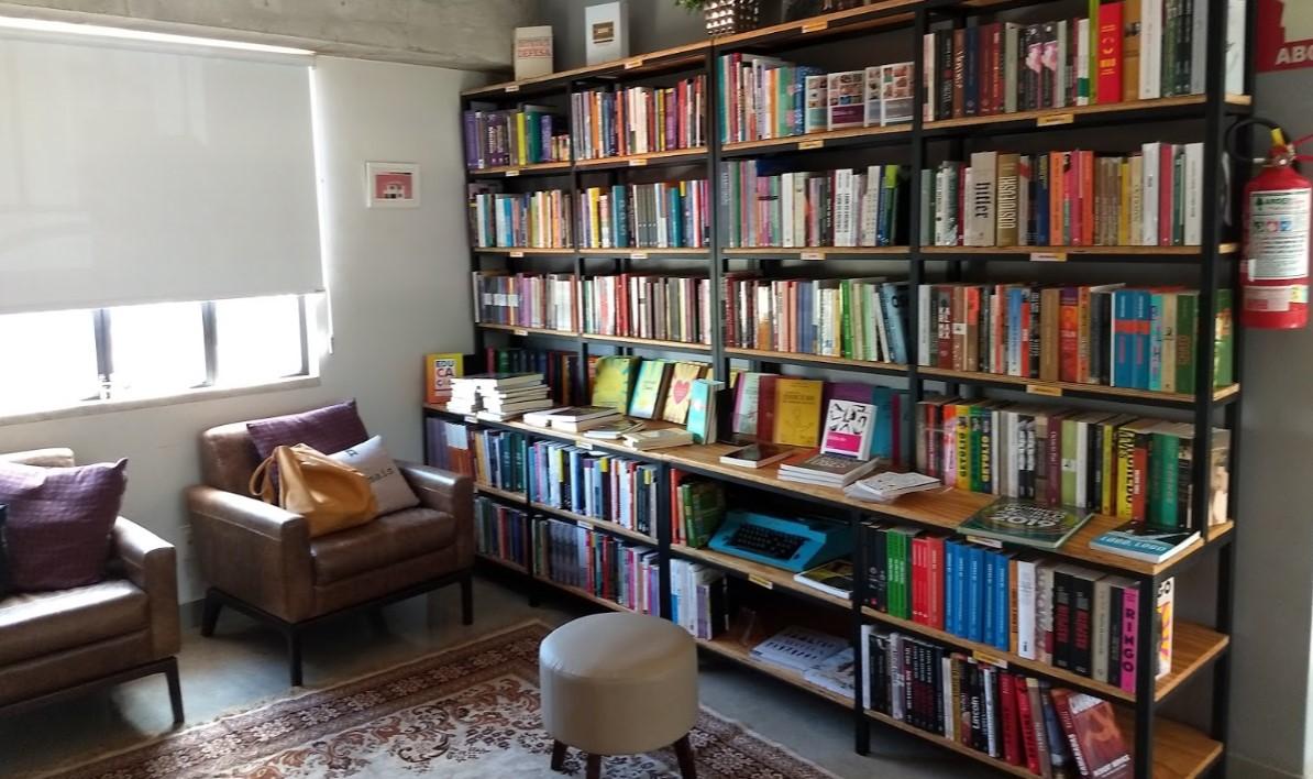 Livraria Palavrear é uma das livrarias com entrega em Goiânia