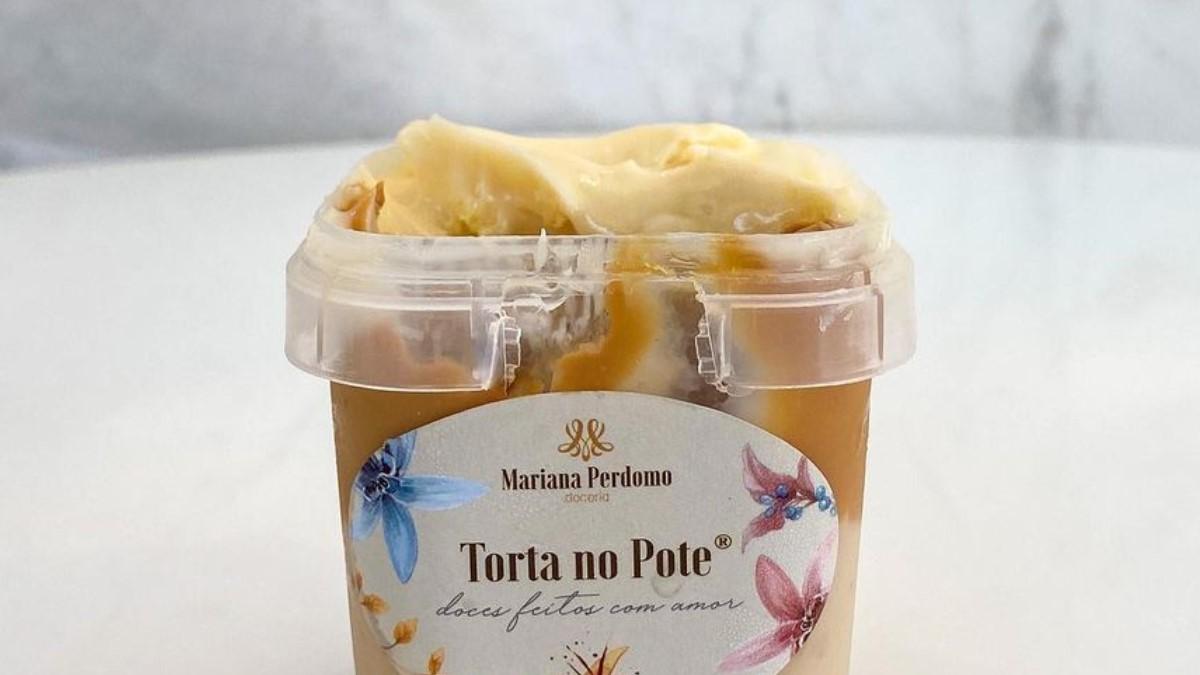 Mariana Perdomo bolo no pote em Goiânia