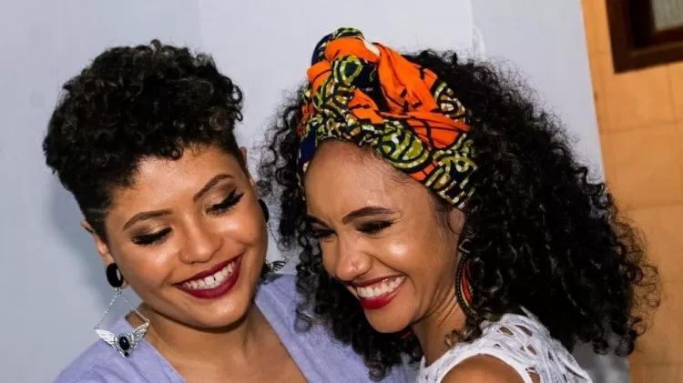 A publicitária Angel Pinheiro e a jornalista Beatriz Sanz se casaram em 2018, assim que Bolsonaro venceu