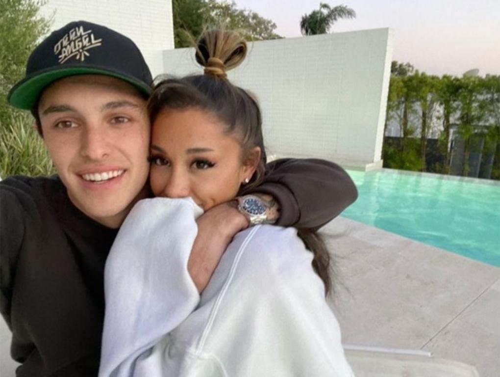 Ariana Grande e Dalton Gomez