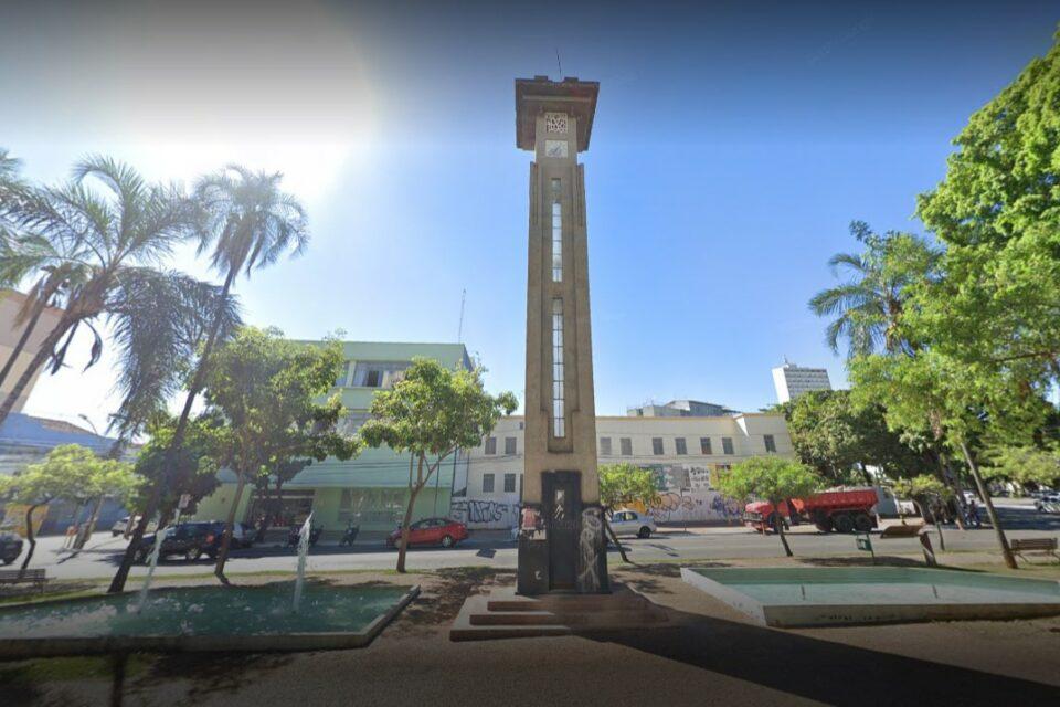 Torre do Relógio volta a funcionar em Goiânia