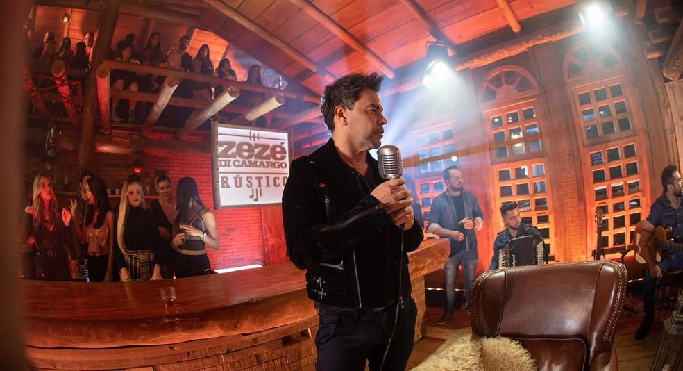 Zezé Di Camargo grava projeto solo em Goiânia
