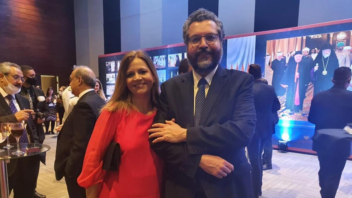 Com sigilos quebrados, Ernesto Araújo deve ir para consulado nos EUA