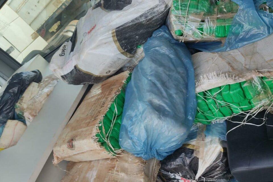 Após confronto, PM apreende 1,5 toneladas de maconha (Foto: divulgação/PM)