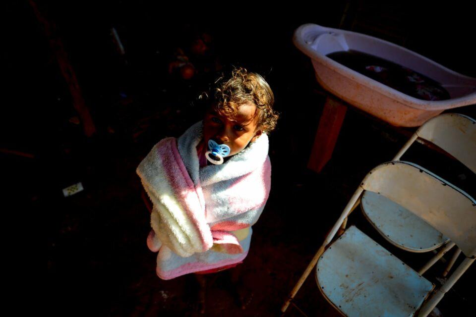 Vanessa Pereira afirma que se não houvessem doações de cestas básicas, seus filhos estariam passando fome (Foto: Jucimar de Sousa/MaisGoiás)
