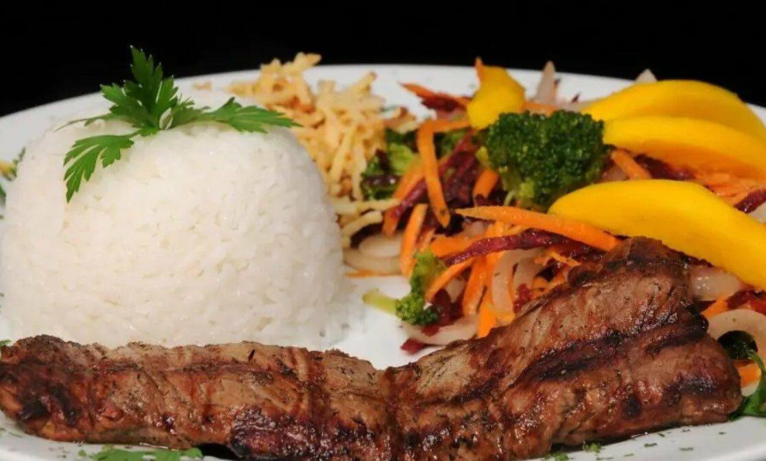 Acanto Restaurante é opção de almoço executivo em Goiânia
