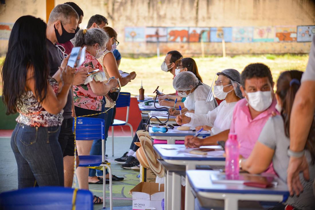 Estoque de vacinas contra covid-19 em Goiânia está quase vazio, diz prefeitura