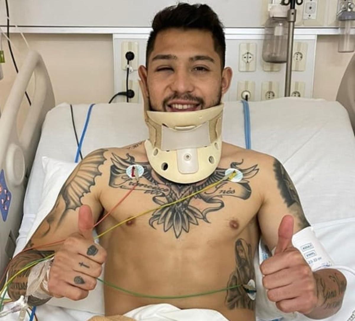Lateral Salazar do Olímpia no hospital