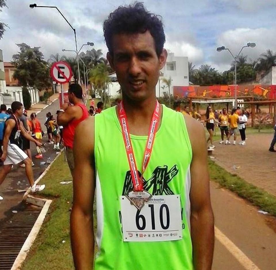 Jesse Rodrigues, 36 anos, foi medalhista em várias competições e disputou a São Silvestre em 2019 (Foto: Reprodução/Facebook)